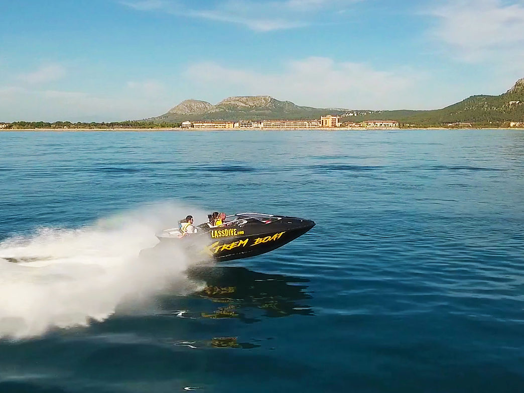 Xtrem Boat, come and enjoy the most extreme experience in Costa Brava in a speed boat!