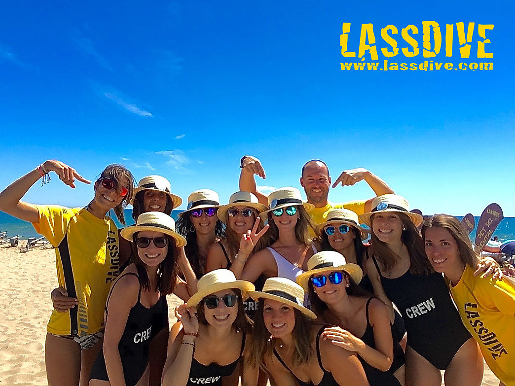 Bachelor and Bachelorette parties in Costa Brava with Lassdive