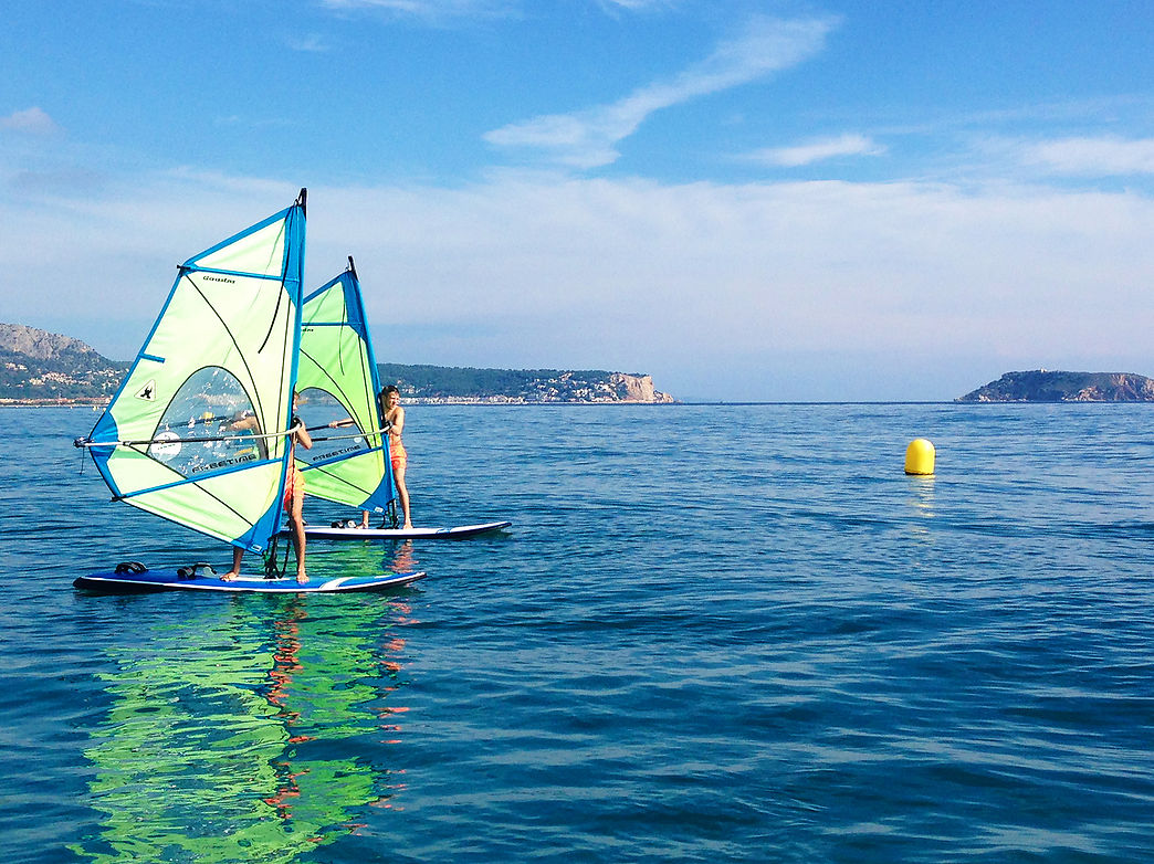 Windsurfing rental and courses in Costa Brava