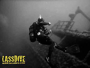 Dive through the most impressive wrecks of Costa Brava with Lassdive