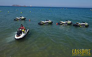 Rent a jet ski and live the adrenaline!
